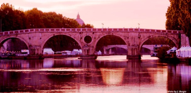to enjoy your roman holiday in the summer, go to the lungotevere
